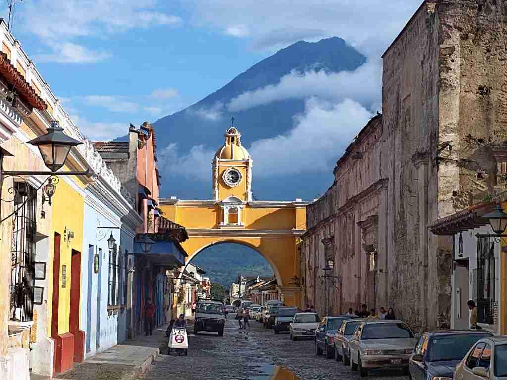 GT056-Antigua_ArchHorz